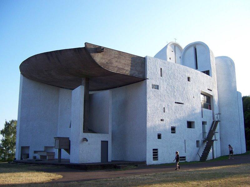Le corbusier architect beauty of concrete for Le architecte